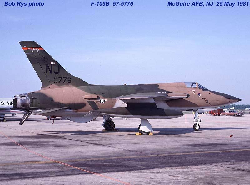 F105B57776L.jpg